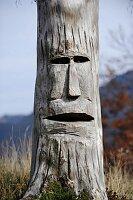 Baumskulptur-Kunst